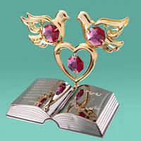 "Сувенир с камнями Swarovski ""2 голубя на сердце и Библия"""