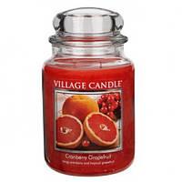"""Ароматическая свеча в стекле Village Candle """"Грейпфрут и клюква"""". 740 гр/ 170 часов"""