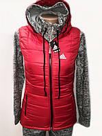 Яркая спортивная женская жилетка с капюшоном 2187