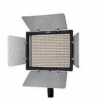 LED осветитель Yongnuo YN600L-II 5500K (постоянный свет) с сетевым адаптером