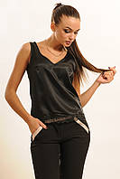 Атласная блуза свободного силуэта длиной до линии талии, декорирована по низу кружевом 42-52 размера