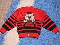Симпатичный полушерстяной свитерок