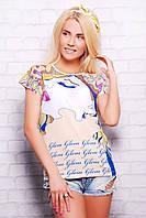 Девушка в цветах футболка Кимоно