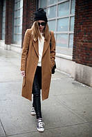 Женское пальто свободного стиля