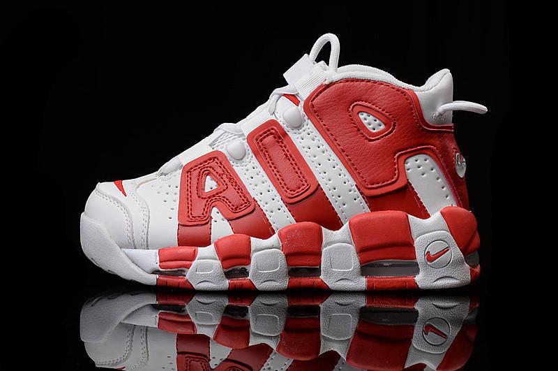 a3f7c9c5 Кроссовки баскетбольные женские NIKE AIR MORE UPTEMPO D853 красно-белые -  Брендовая одежда от интернет