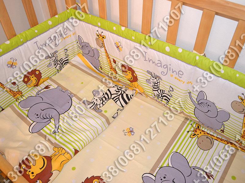 Детское постельное белье и защита (бортик) в детскую кроватку (Мадагаскар салатовый)