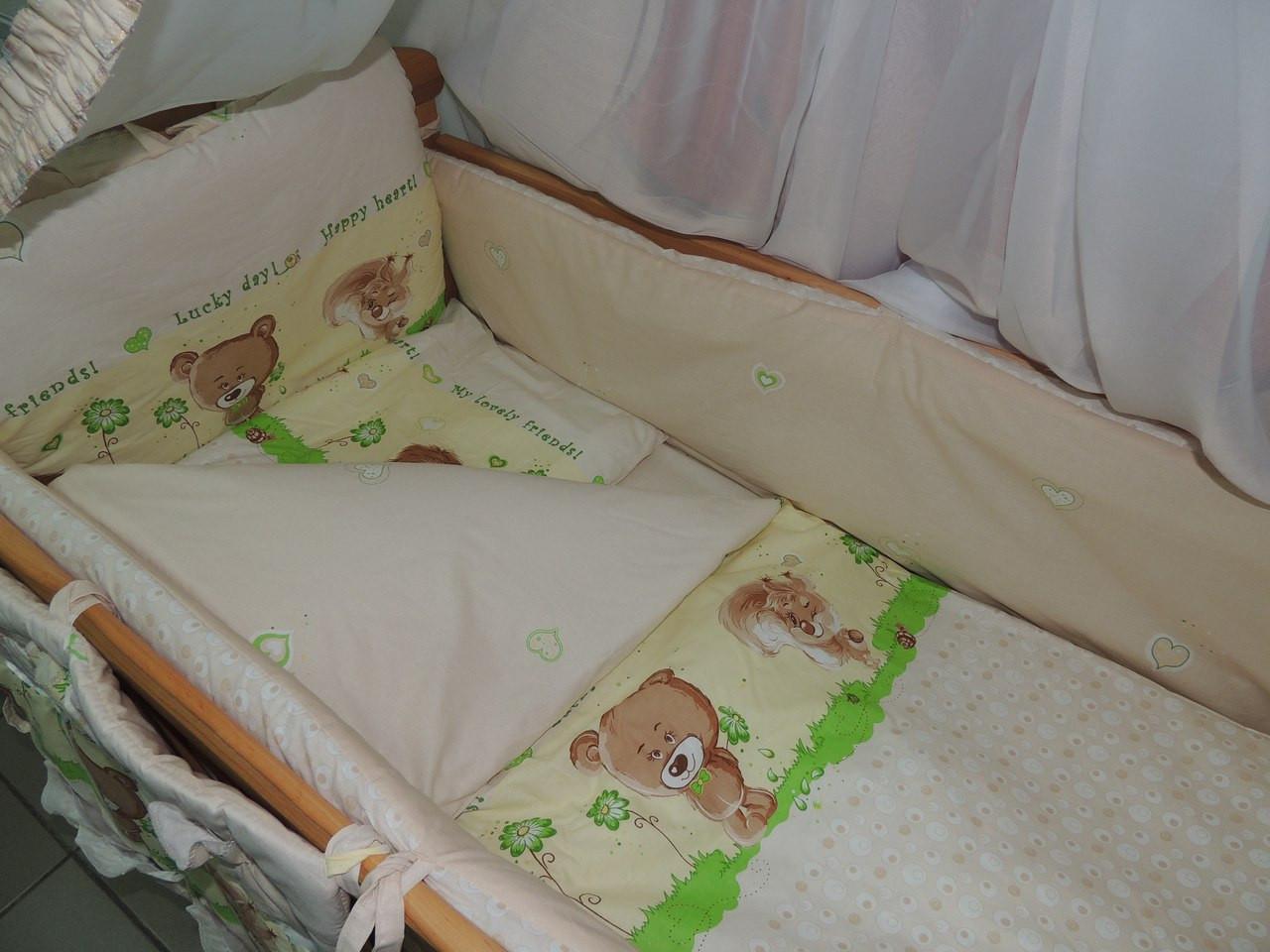 Детское постельное бельё в кроватку бежевое Лесные звери