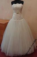 Пышное свадебное платье с кружевом цвета ivory, размер 40-44