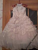 Необычное белое детское платье-американка на 4-6 лет