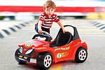 Особенности зарядки детского электромобиля