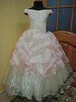 Нежное кремово-розовое детское платье на 6-9 лет