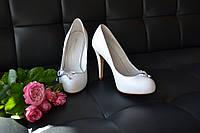 Свадебные туфли белые на платформе BALDOWSKI