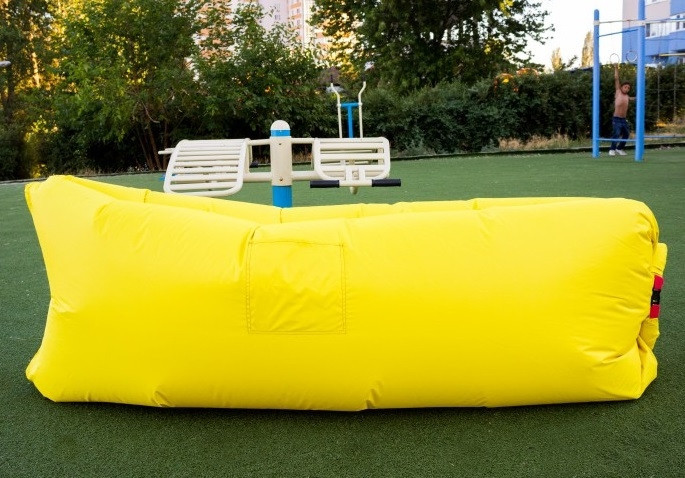 Самонадувной диван - шезлонг Lamzac Hangout (Кресло Матрас Ламзак Хенгаут желтый высочайшего качества) - ДропПартнеры в Киеве