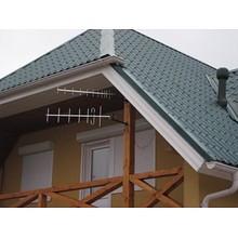 Донорная внешняя антенна устанавливается на крышу или стену дома.