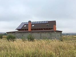 Солнечная автономная электростанция мощностью 5 кВт/часов.