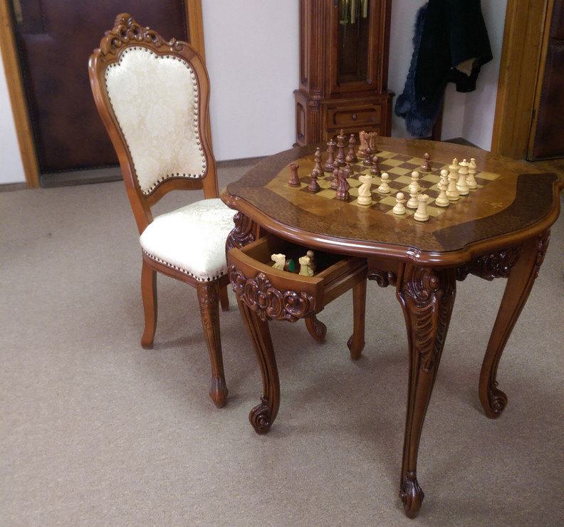 Столик шахматный Cleopatra Simex