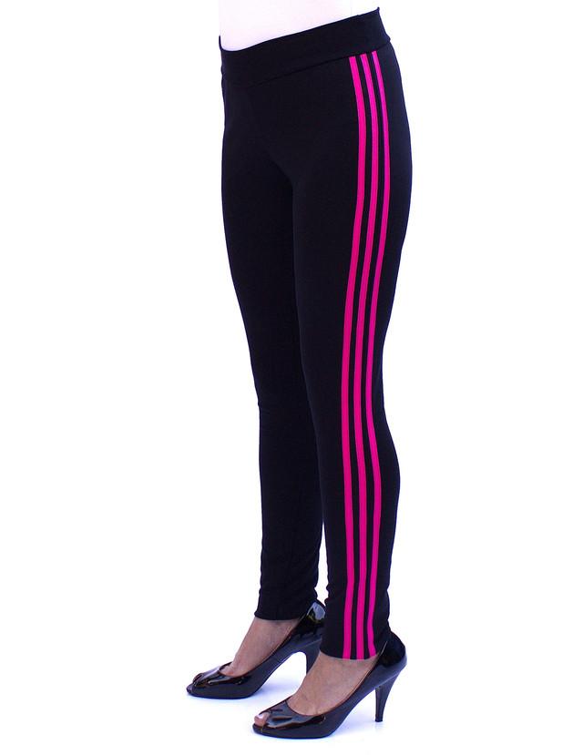 Зауженные спортивные брюки женские с малиновыми полосками сбоку - фото teens.ua