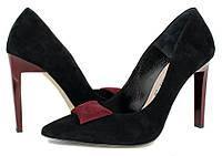 Женские туфли на шпильке. Замшевые Bravo Moda | черные