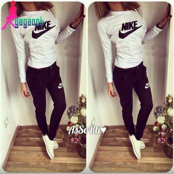 48e7ad4d5bb Спортивный костюм женский Nike черный