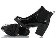 Полуботинки черного цвета для девушек