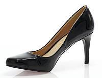 Очень легкие и удобные туфли. Очень модные и по привлекательной цене.