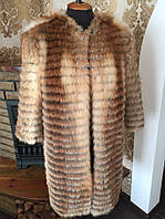 Пальто из натурального меха лисы в роспуск. Длина 90 см