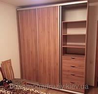 Шкаф-купе из щита мебельного соснового