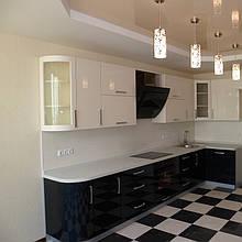 Кухня с фасадами МДФ шпон и МДФ покраска