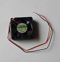 Вентилятор GM1203PFV2-8 DC12V