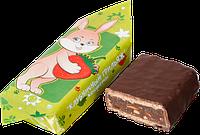 Белорусские шоколадные конфеты Клубничный грильяж фабрика Коммунарка