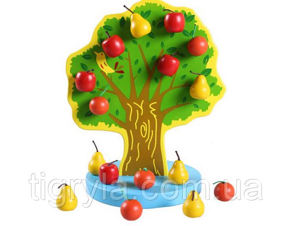 Дерево с фруктами на магнитах