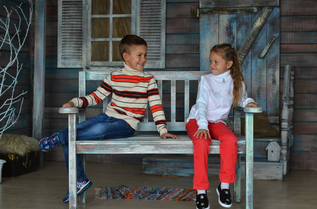 В свитере или кофте  Many&Many и Yayikiss мальчишки и девчонки выглядят не просто  практично, а всегда современно  и со вкусом.