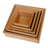 Вкладывающиеся коробочки  5 шт (габариты от 17*17 до 7*7 см , высота 5,5 см )