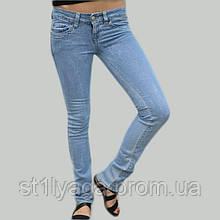 Облегающие джинсы  D&G демисезон голубые с низкой посадкой