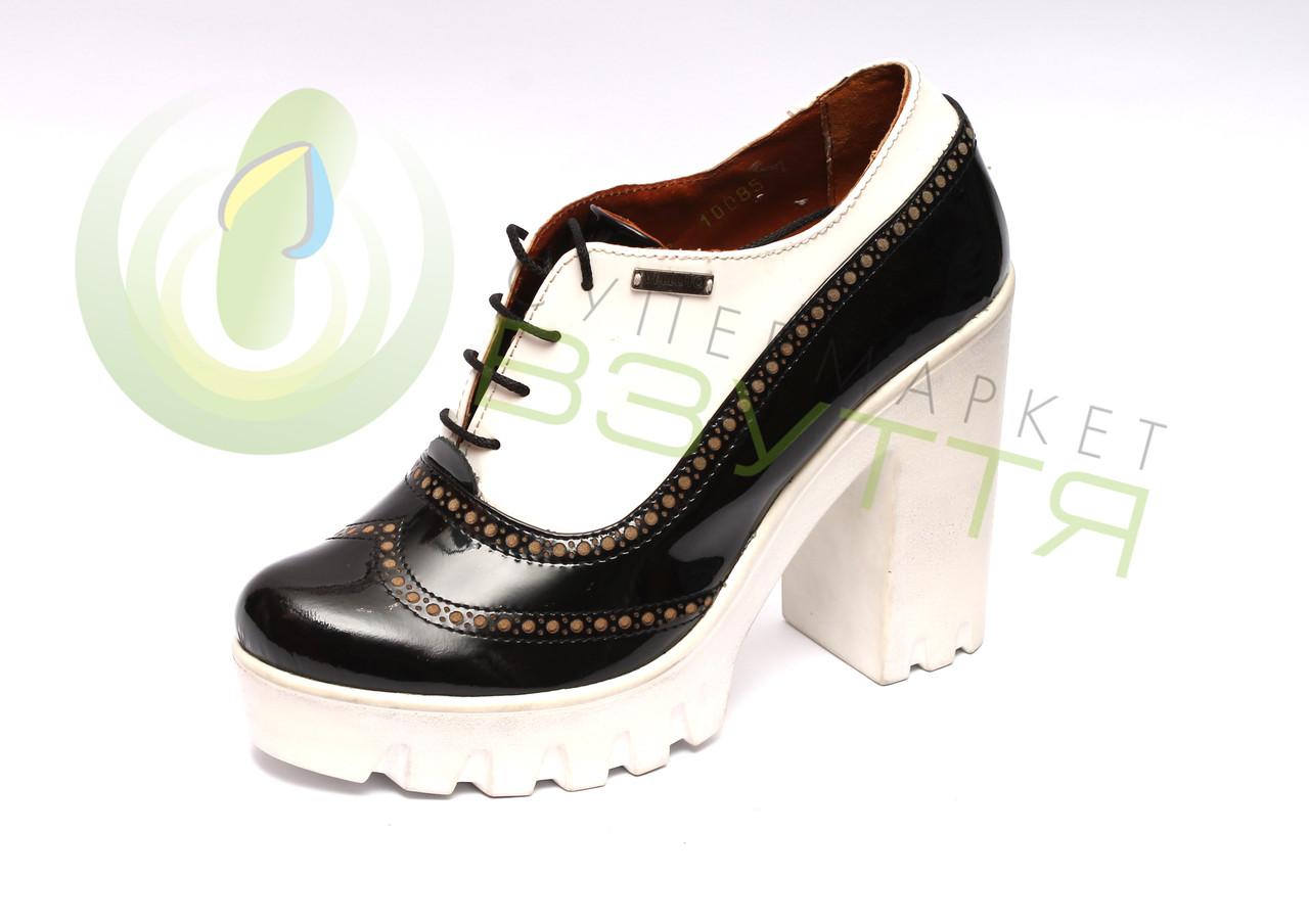 Кожаные женские туфли Maximoda 38,39 размер