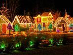 Электрические гирлянды в праздничном украшении