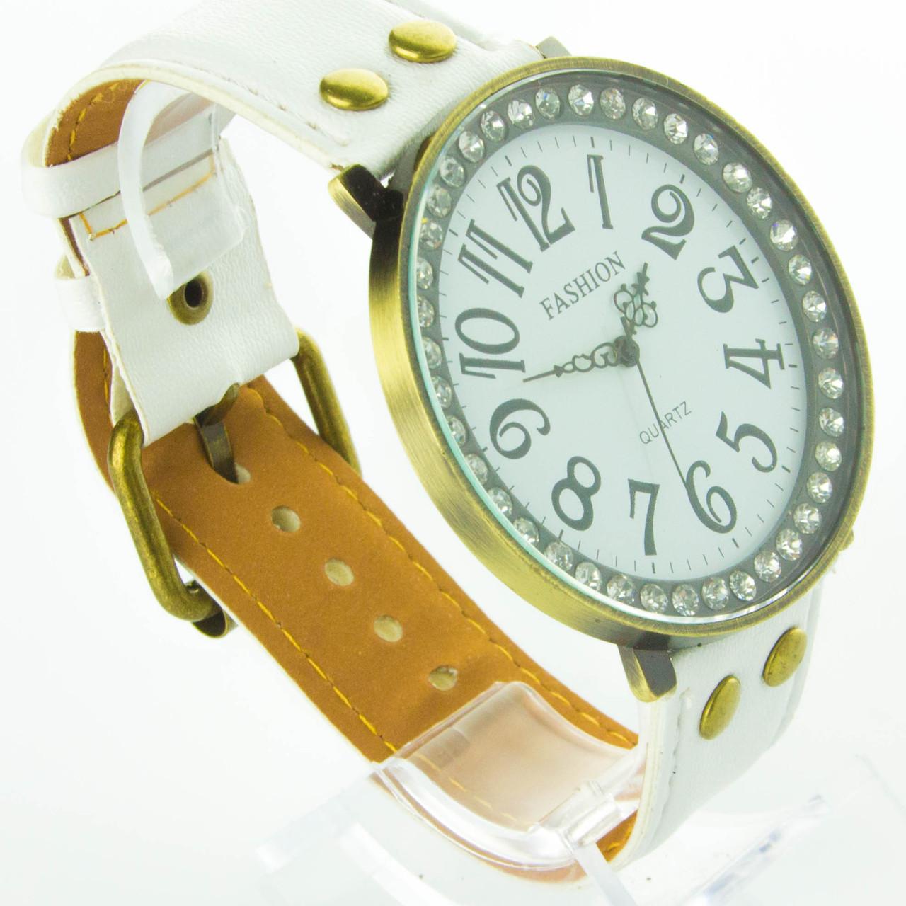 Часы женские Fashion CHL20