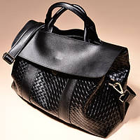 Черная сумка плетеная