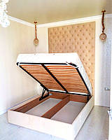 """Двуспальная кровать  """"Classico""""  с подъемным механизмом, ящиками для белья и мягким изголовьем до потолка."""