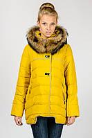 Женская зимняя молодежная короткая куртка Snow Classic на синтепоне с натуральным мехом