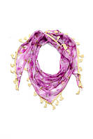Женская косынка в  розы фиолетового цвета