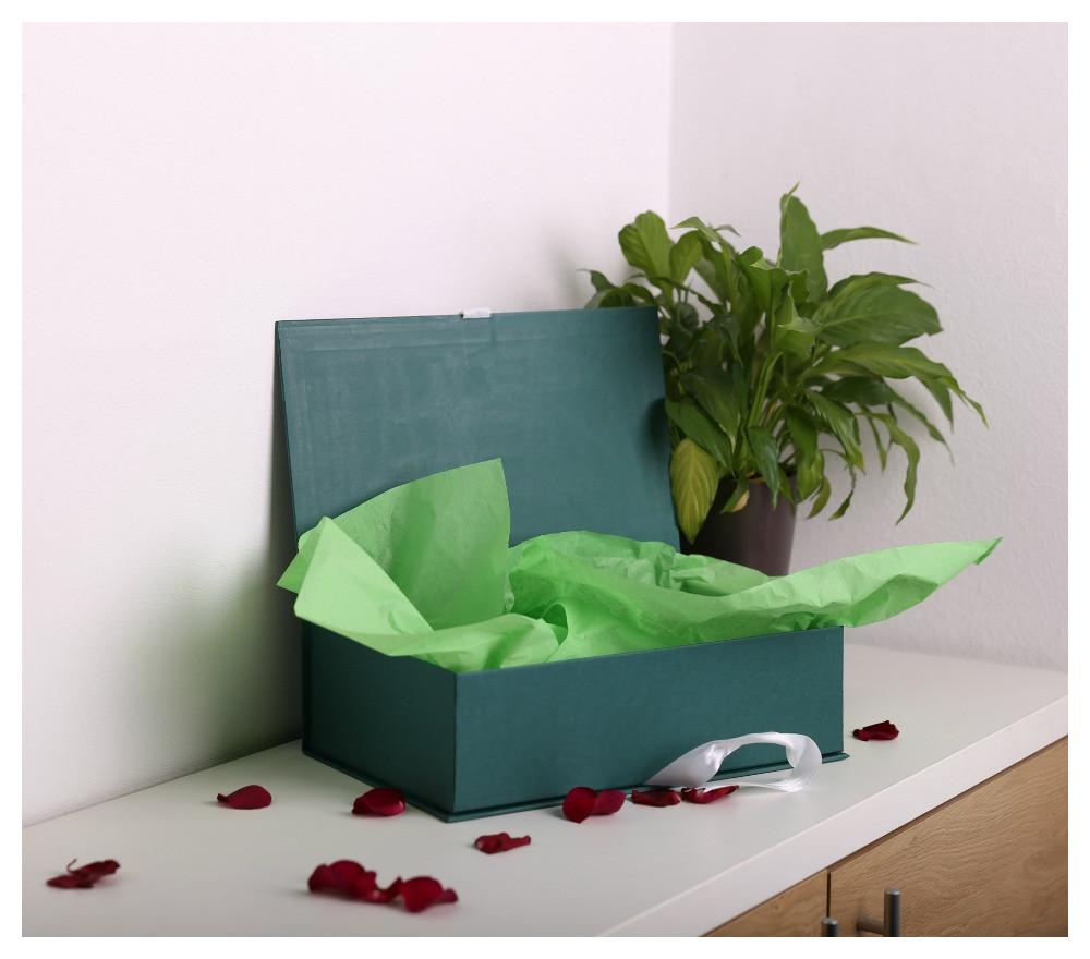 """Коробка """"книжка"""" для квітів і солодощів 35*22*10 см"""