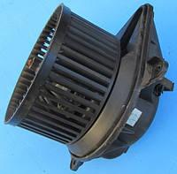 Моторчик печки 7701050310  Opel Vivaro 1.9 2.0 2.5 Dci Cdti 2001-2014гг, фото 1
