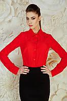 Яркая женская блуза рубашечного кроя красного цвета