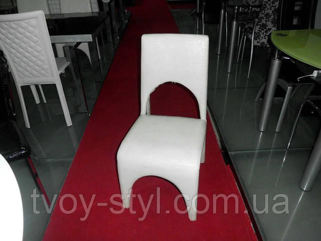 Обивка стульев в кожу  Днепропетровск