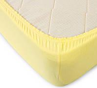 Простынь на резинке трикотажная желтая 160х200