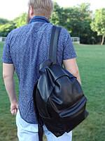 Черный матовый рюкзак из эко-кожи
