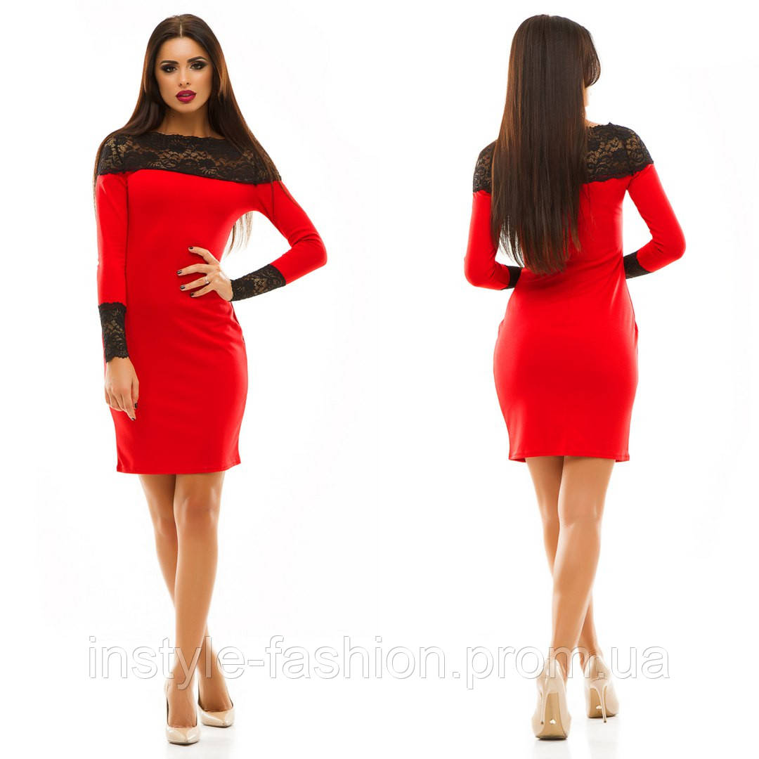 Женское трикотажное платье с кружевом цвет красный