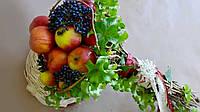 Веган-букет из фруктов на каркасе