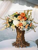 Дерево(флористическое украшение из веток и живых цветов)